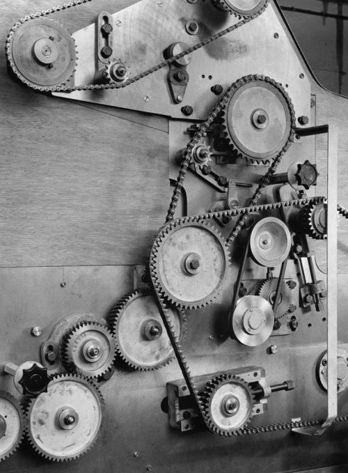 Alfred Ehrhardt, Hauni Maschinenfabrik Körber & CO GmbH, Zigarettenmaschine, Hamburger Industrie, 1952, © bpk / Alfred Ehrhardt Stiftung