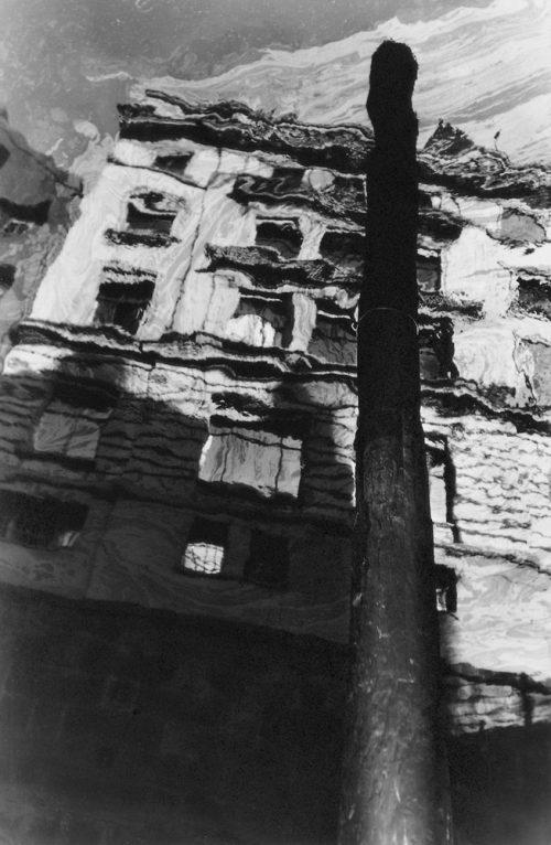 Alfred Ehrhardt, Spiegelung im Fleet, Hamburg, 1930/40er-Jahre, © Alfred Ehrhardt Stiftung