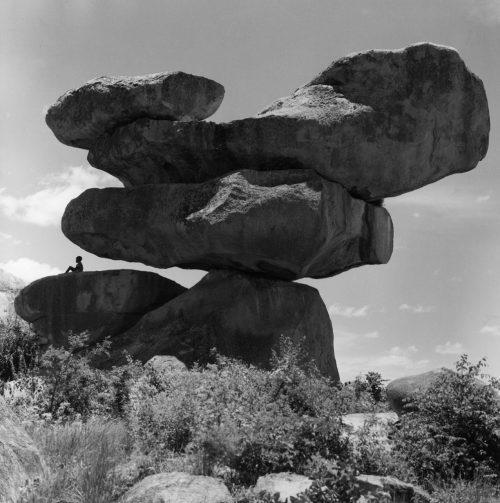 Alfred Ehrhardt, Felsformation, Rhodesien, 1956, © bpk / Alfred Ehrhardt Stiftung